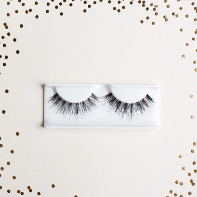 80d3244967f How Do You Take Care of False Eyelashes? - Style Vanity
