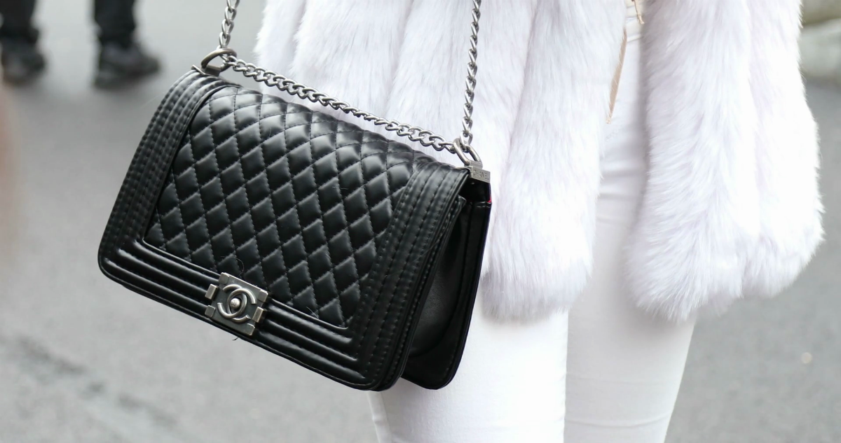 27e7d08752e34d How to Spot a Fake Chanel Bag - Style Vanity