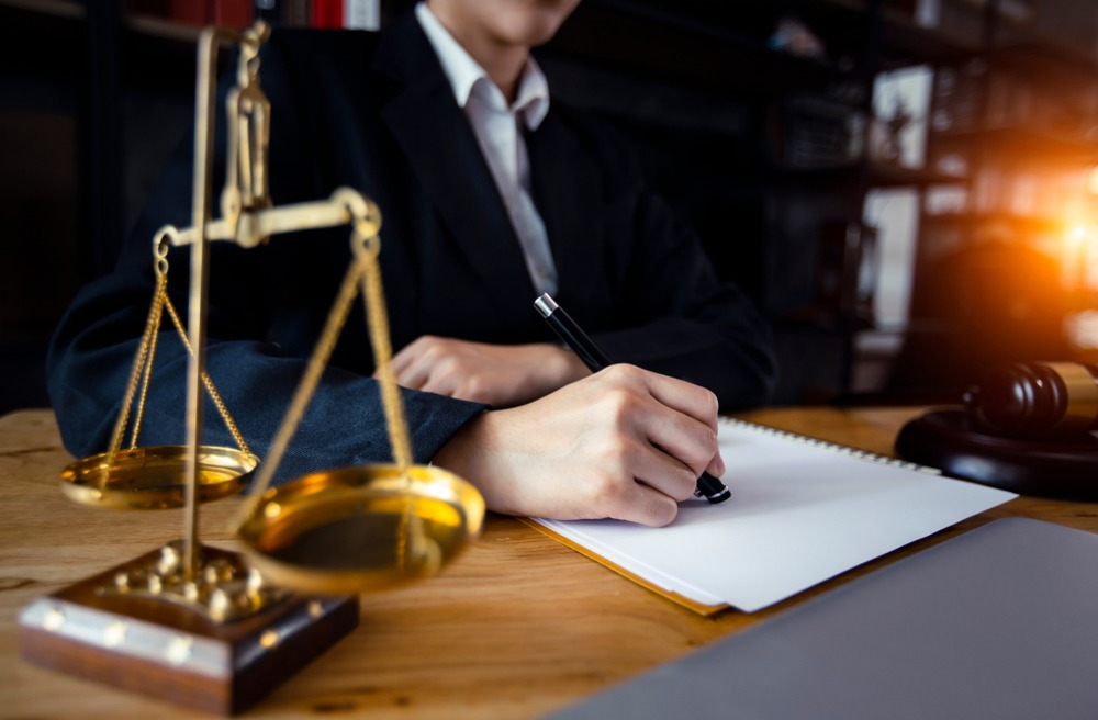 Are Immigration Lawyers Worth the Money? | Style Vanity